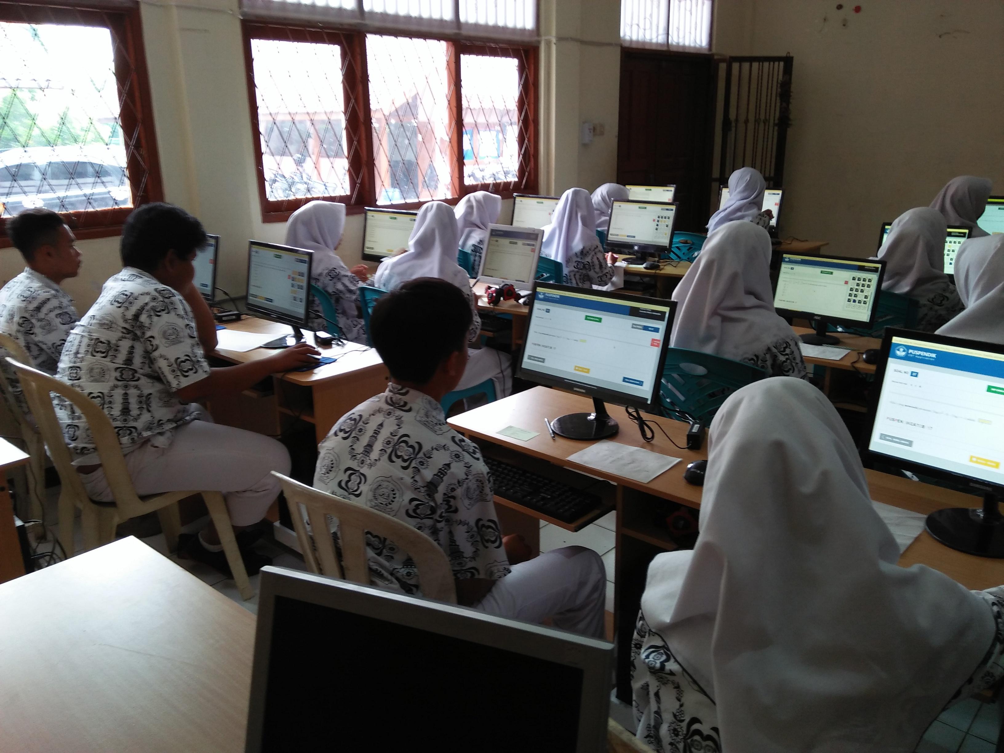 Kegiatan Ujian Online Berbasis Komputer